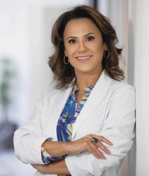 Dra Natacha Machado - ginecologista Joinville