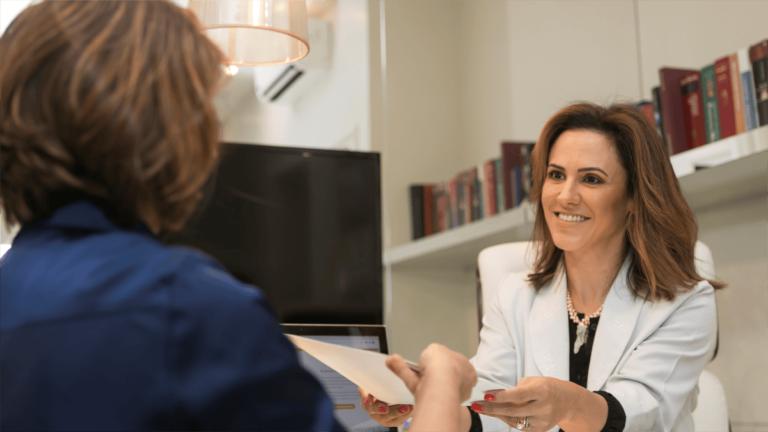 Médico ginecologista Joinville - Dra Natacha Machado